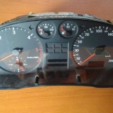 AUDI A4 2.5 TDI 110kw PANEL PRISTROJOV 8D0919861A